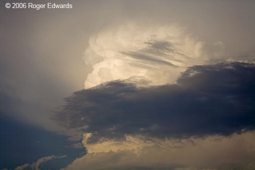 zoom on convective turrets